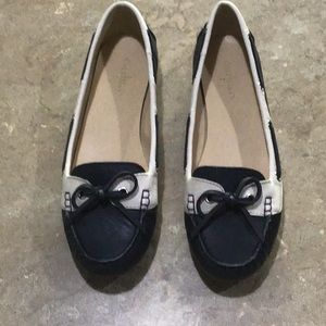 LIKE NEW Cole Haan flats  size 9.5B only worn once
